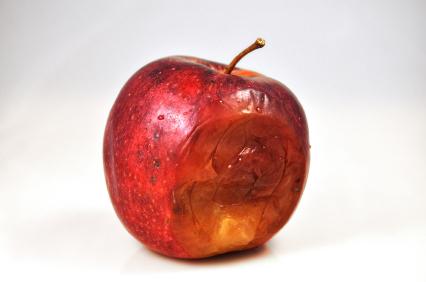 shnilé jablko